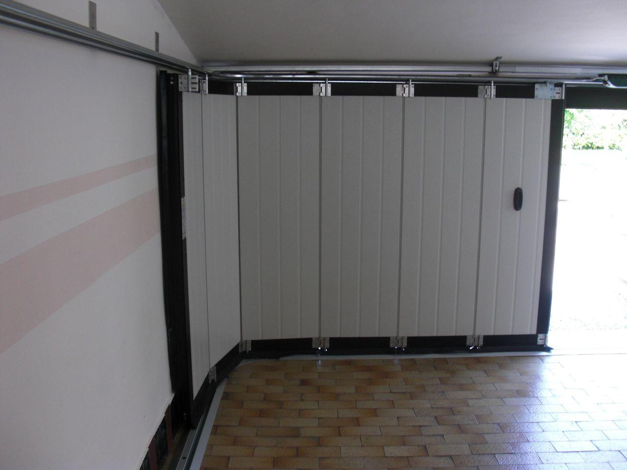 Porte sezionali scorrevoli laterali De Biasi Mantova, Modena, Reggio Emilia, Verona