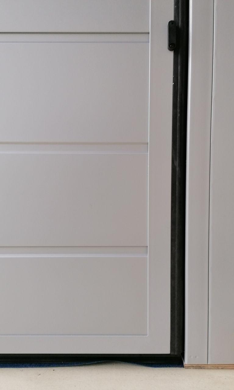 Dettagli, interni e portine basculanti De Biasi Mantova, Modena, Reggio Emilia, Verona