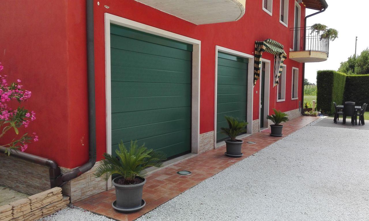 Porte sezionali civili De Biasi Mantova, Modena, Reggio Emilia, Verona